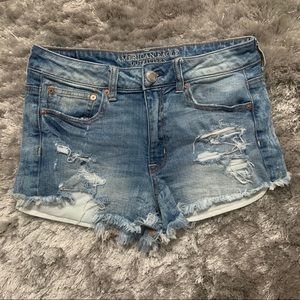 American Eagle High Rise Festival Shorts